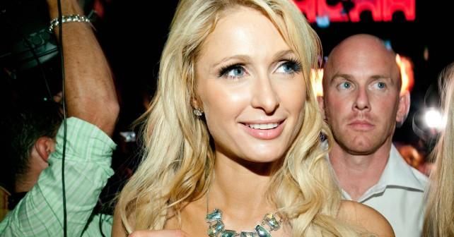 Paris Hilton scatena una bagarre Copia-10
