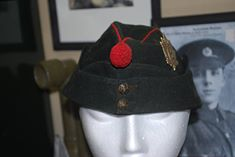 Queen's Own Rifles Colored Field Service Cap 19808210