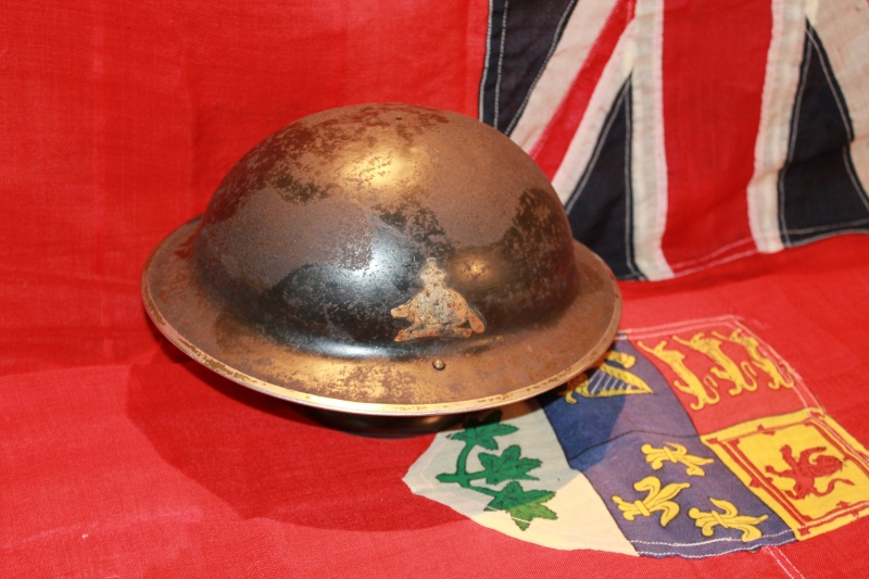 WW2 MKII helmet with Van Doos Flash Casque13