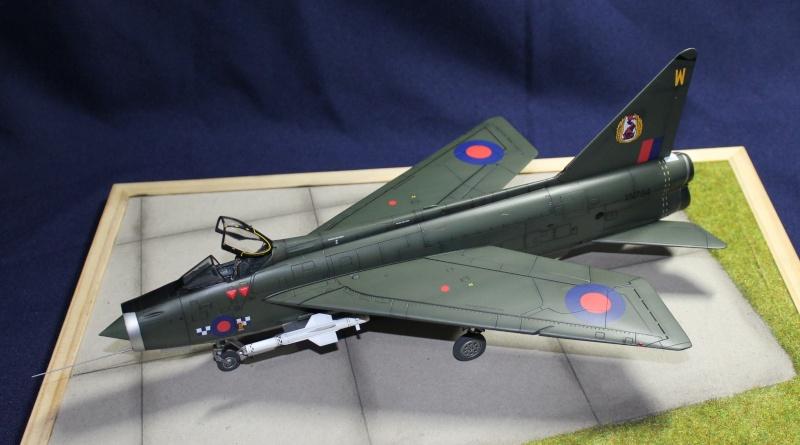 BAC/English Electric Lighning F.2 Img_1010