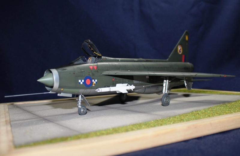 BAC/English Electric Lighning F.2 Img_1011