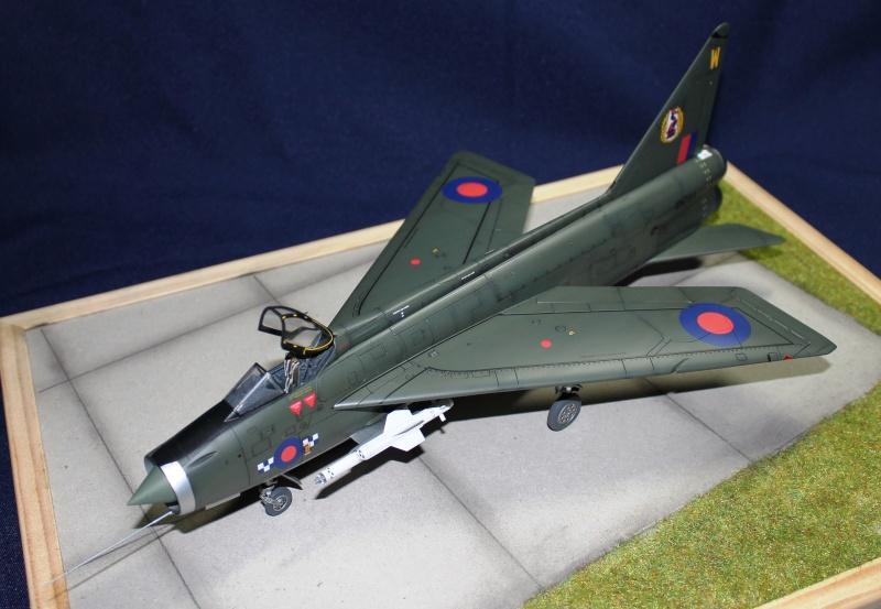 BAC/English Electric Lighning F.2 Img_1012
