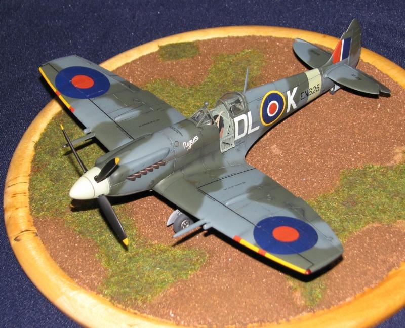 Spitfire mk.XIX Img_3517