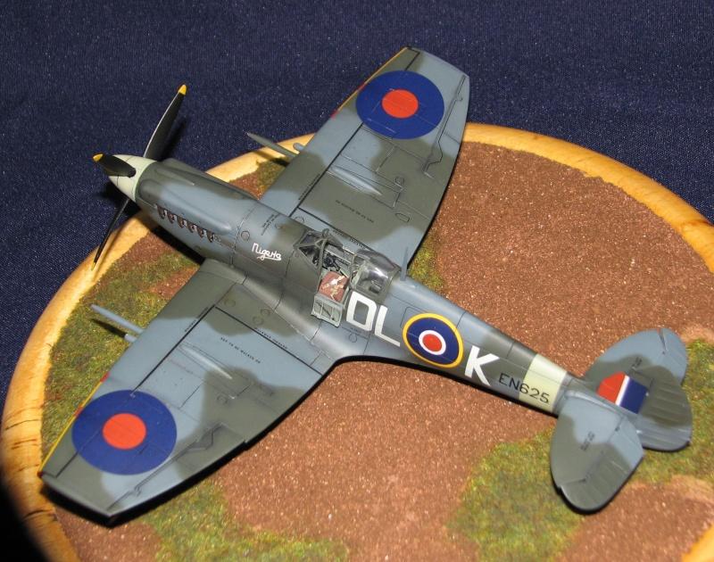 Spitfire mk.XIX Img_3521