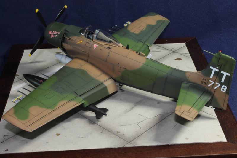 A-1J Skyraider Img_9611