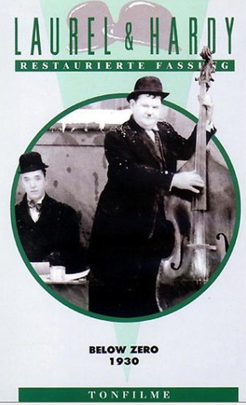 Stan Laurel & Oliver Hardy - Below Zero (1930) Bz10