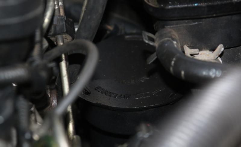 [TUTO] Vidange et remplacement filtre à huile, filtre à air sur 2.5L TD - Page 2 70d_0010