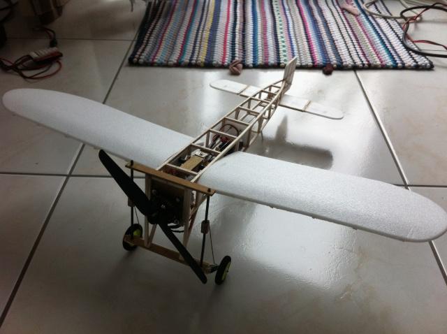 Projet Blériot XI Indoor Img_0119