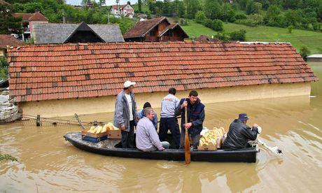 OBAVJEŠTENJA Poplav11