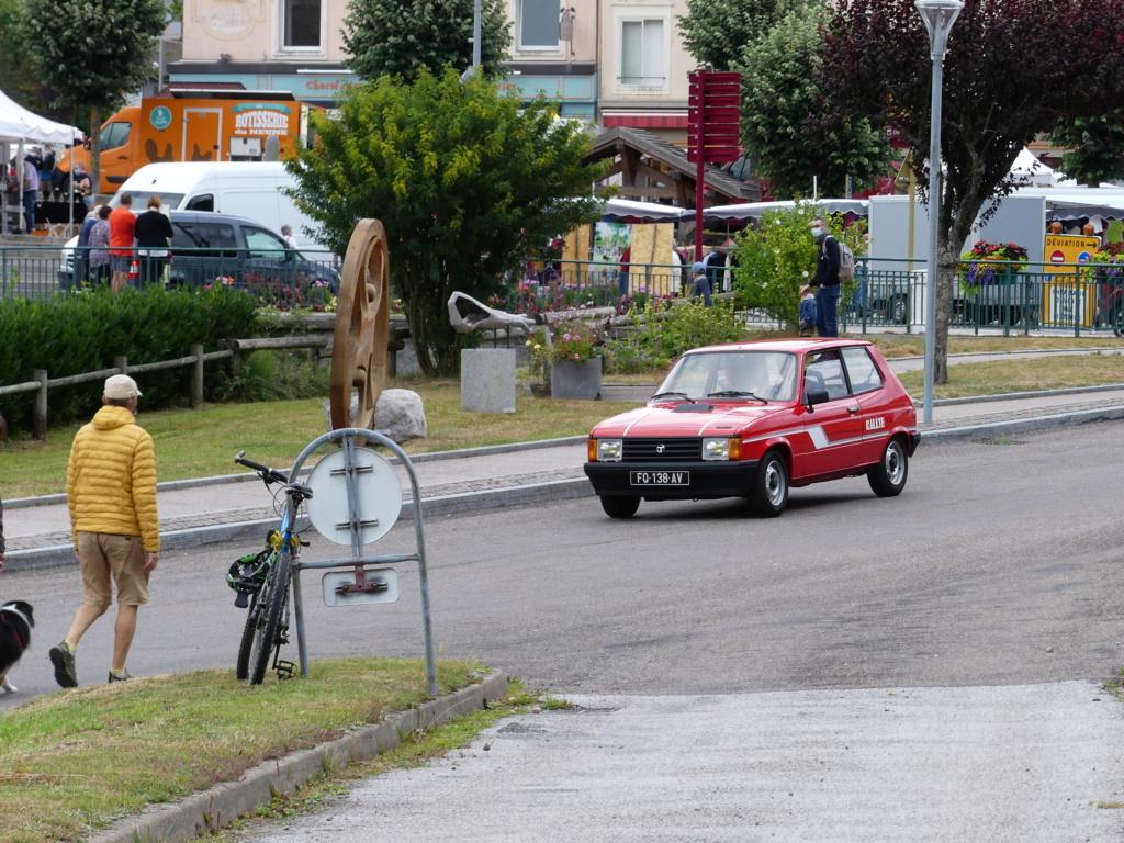 (88)Rassemblement Mensuel Club Rétro Loisirs à La Bresse - Page 12 P1000056