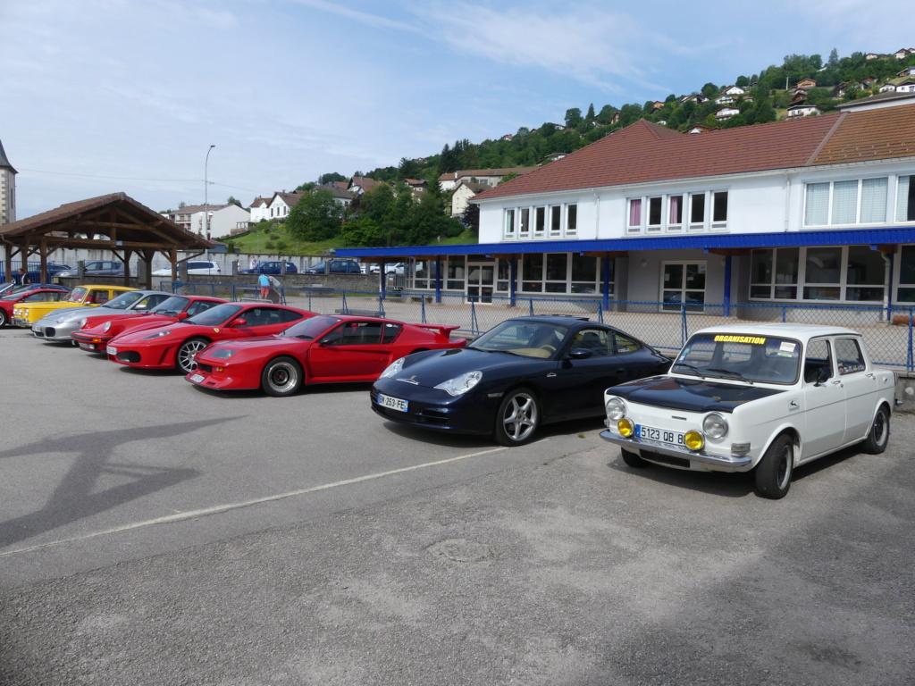 (88)Rassemblement Mensuel Club Rétro Loisirs à La Bresse - Page 15 P1000539