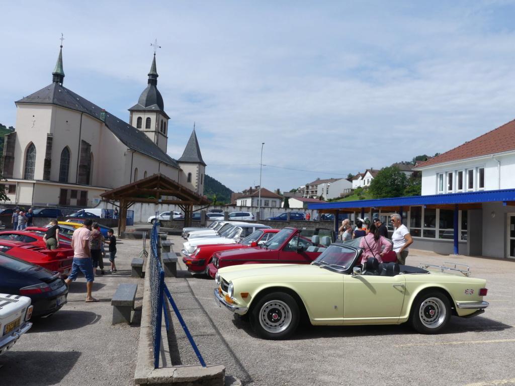 (88)Rassemblement Mensuel Club Rétro Loisirs à La Bresse - Page 15 P1000556