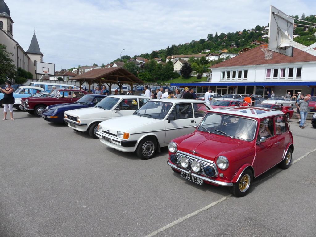 (88)Rassemblement Mensuel Club Rétro Loisirs à La Bresse - Page 15 P1000557