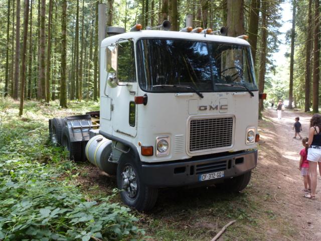 (88) Vieux poids lourds au Val d'Ajol - Page 2 P1200330