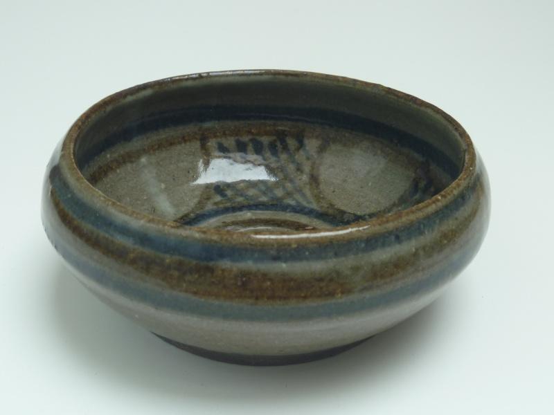 Small stoneware bowl - JOS  P1010410