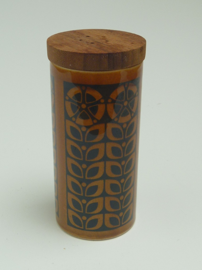 Hornsea Pottery - Page 6 P1010448