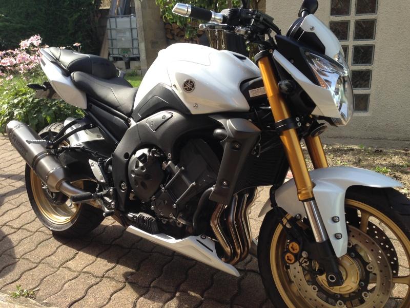 Votre moto avant la MT-09 Img_1710