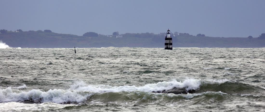 Phares et balises en rade de Lorient Les_tr12