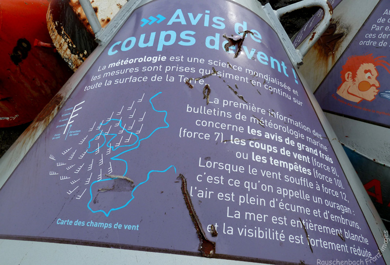 Lorient- DDE 56 - département des phares et balises. P1030214