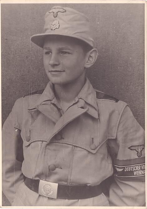 casseur de char à Berlin en 45  Insign10
