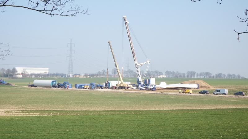 Le grues de DE BRANDT (Belgique) Dscf2214