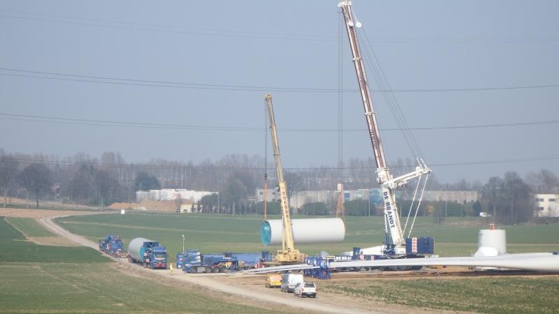 Le grues de DE BRANDT (Belgique) Dscf2215