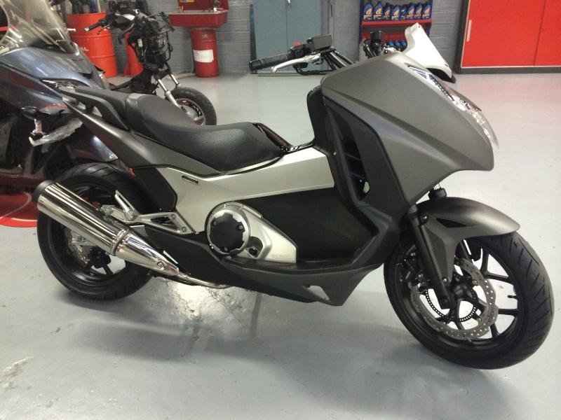 Nouvelle Honda NM4 Vultur! Img_2110