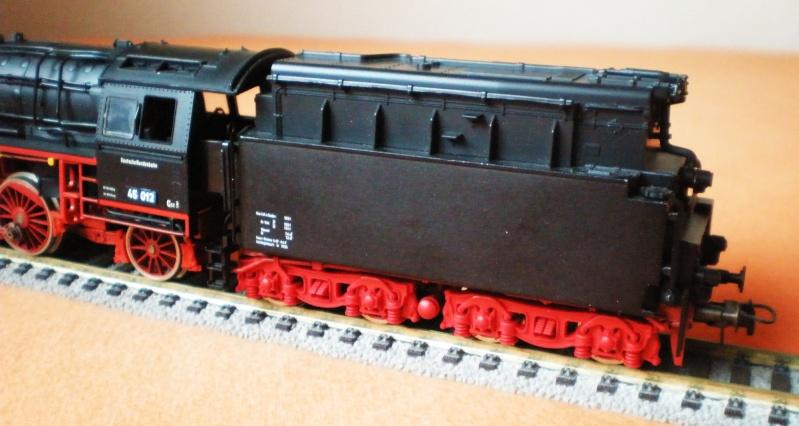 Dampflok 45 012 mit vierachs Öltender. 45_01217