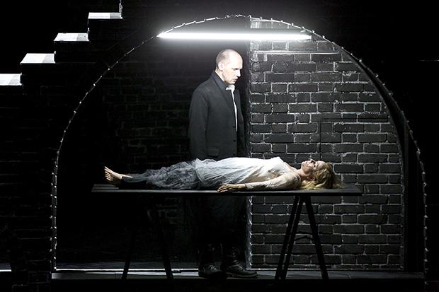 Hamlet (Shakespeare/ Ambroise Thomas/ Olivier Py) 1404_h10