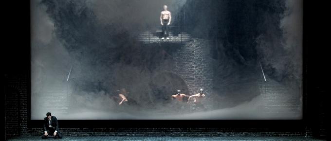 Hamlet (Shakespeare/ Ambroise Thomas/ Olivier Py) De_mun10