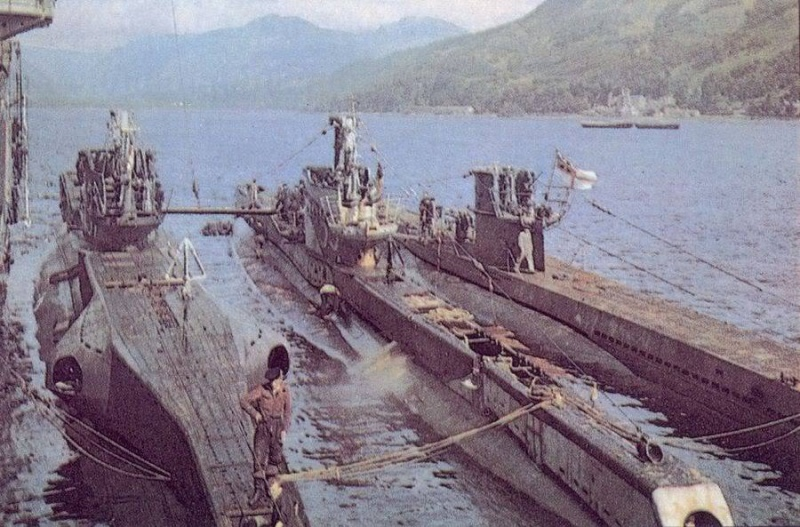 Das U-Boot im color 13919310