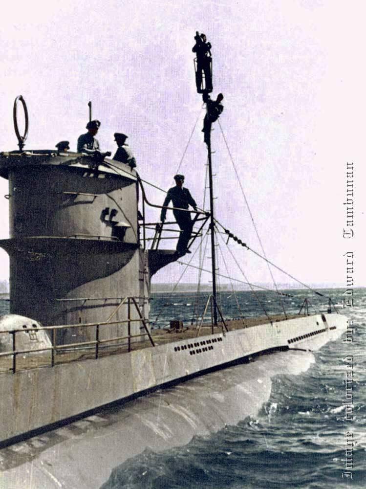 Das U-Boot im color 14002810