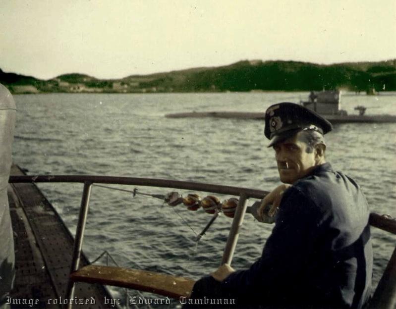 Das U-Boot im color 14047910