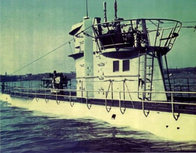 Das U-Boot im color 14630710