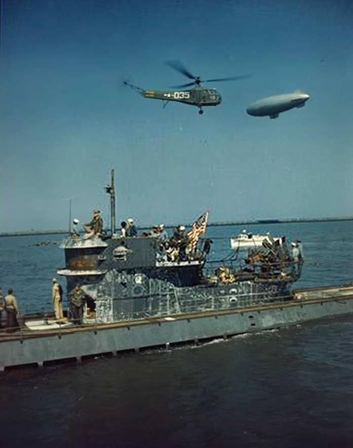Das U-Boot im color 14674310