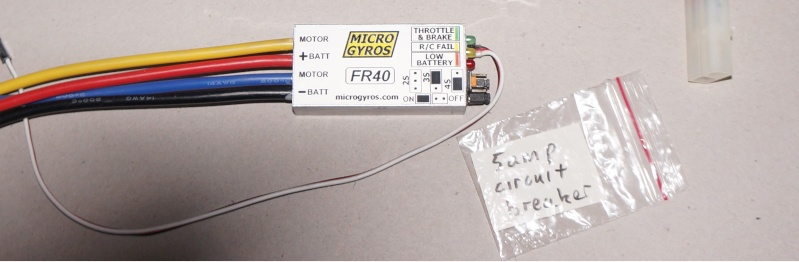 MicroGyros... Dsc00613
