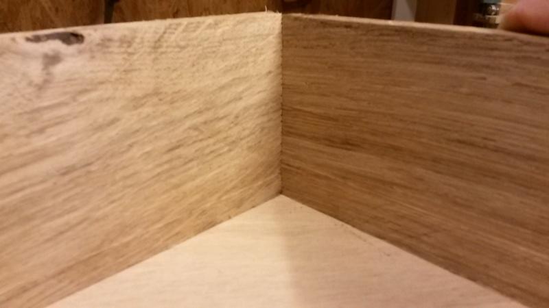 Fabrication d'une mini caisse à outils 20131220