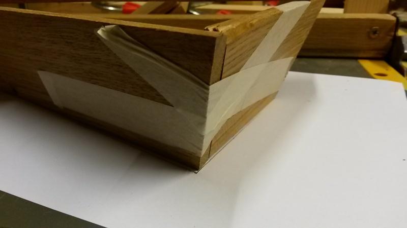 Fabrication d'une mini caisse à outils 20131221