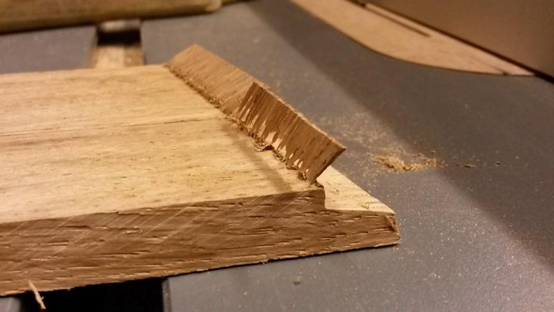 Fabrication d'une mini caisse à outils 20131225