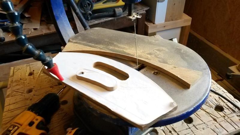 Fabrication d'une mini caisse à outils 20131232