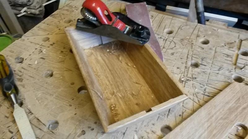 Fabrication d'une mini caisse à outils 20131240