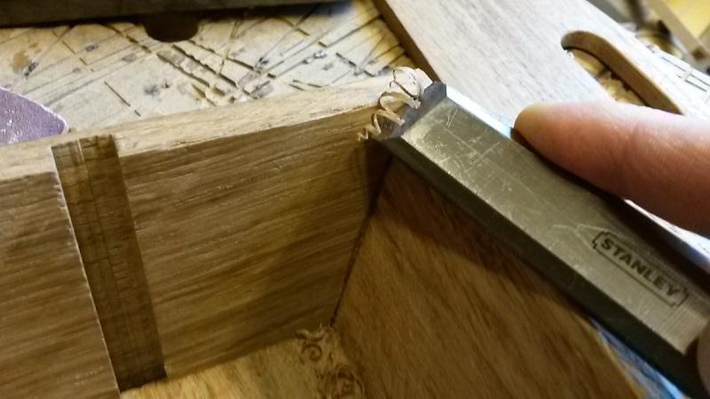 Fabrication d'une mini caisse à outils 20131241
