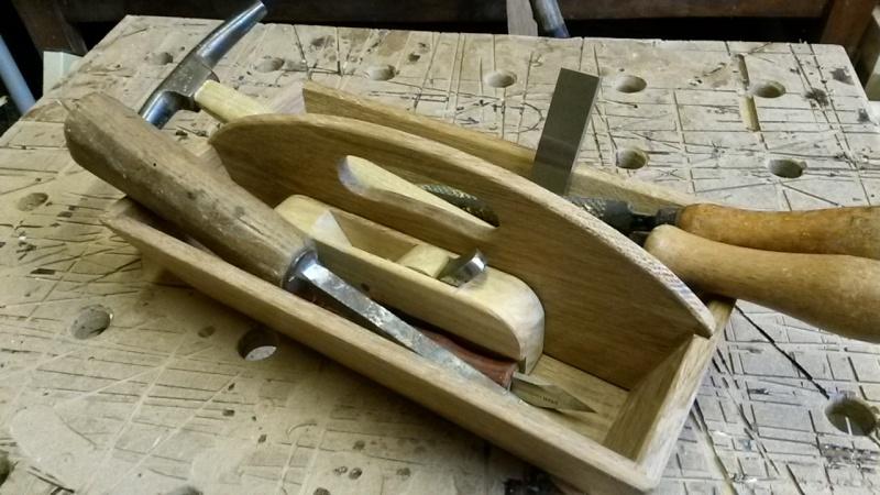 Fabrication d'une mini caisse à outils 20131244