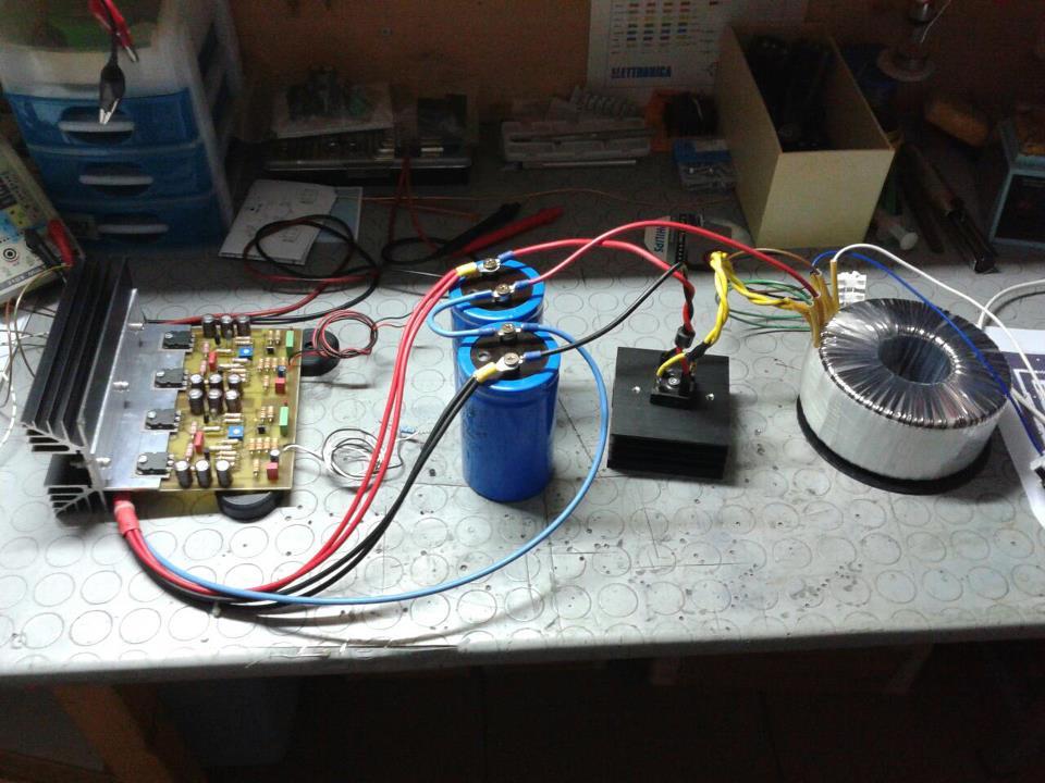 Amplificatore su base Hitachi pubblicato su CHF  11427_10
