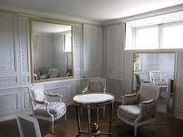 Boudoir ou Cabinet des glaces mouvantes au Petit Trianon Cabine10