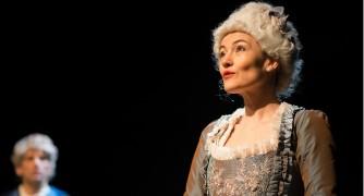 Marie-Antoinette et le Chevalier d'Eon s'écrivent Home-s10