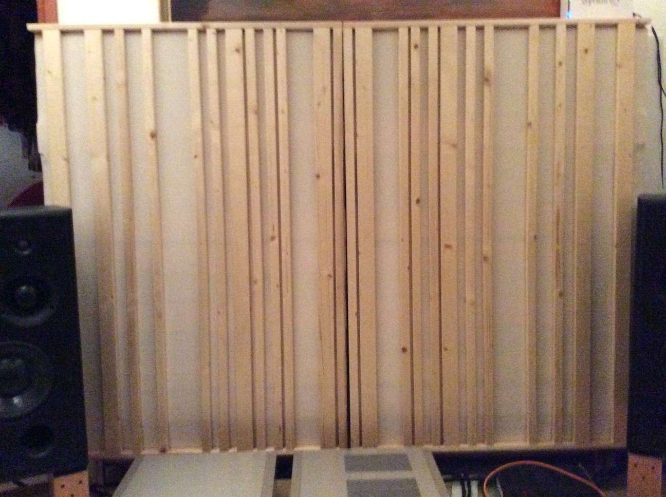 "Trattamento acustico DIY ""soundwall"" Tredic10"