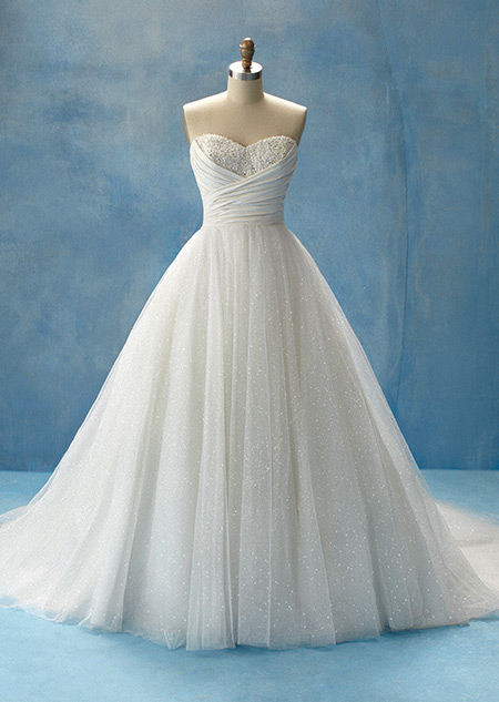Disney se lance dans la robe de mariée - Page 8 Dw_bou11
