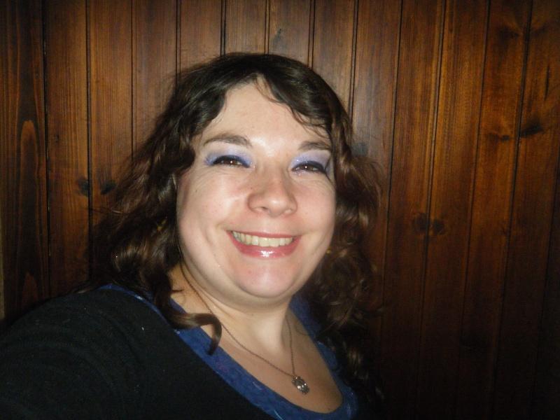 Help coiffure please les Filles !!!! Dscf5211