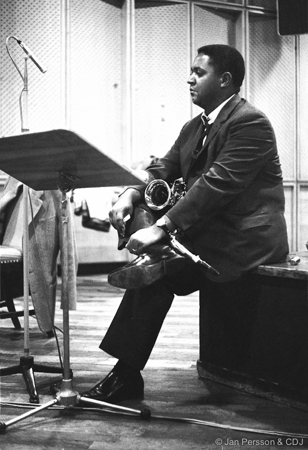 Oliver Nelson : The Blues and The Abstract Truth Oliver10